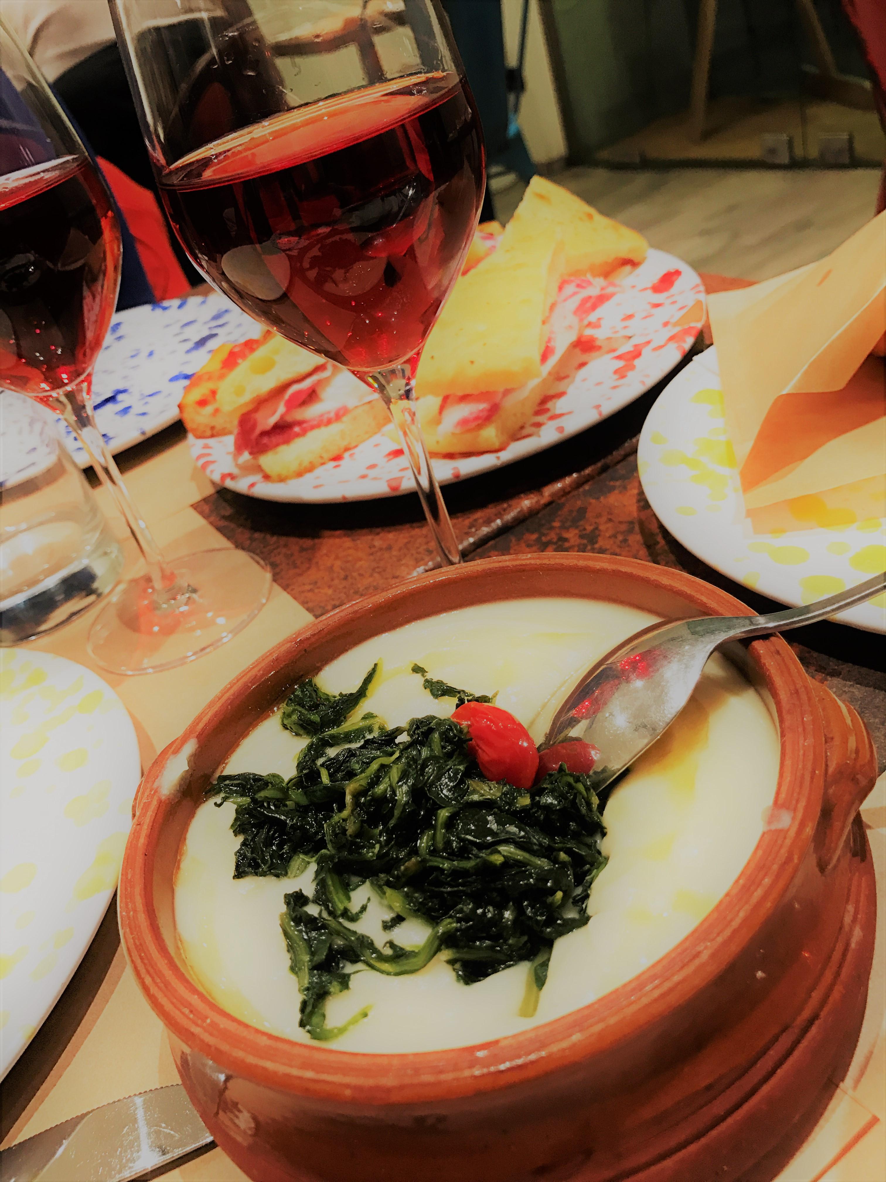 Piatti della tradizionepugliese in Mo Puglia Bistro