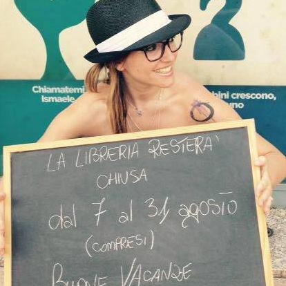 """""""IL MIO LIBRO"""" DI CRISTINA DI CANIO. UNA VERA CHICCA NEL CUORE DI MILANO"""