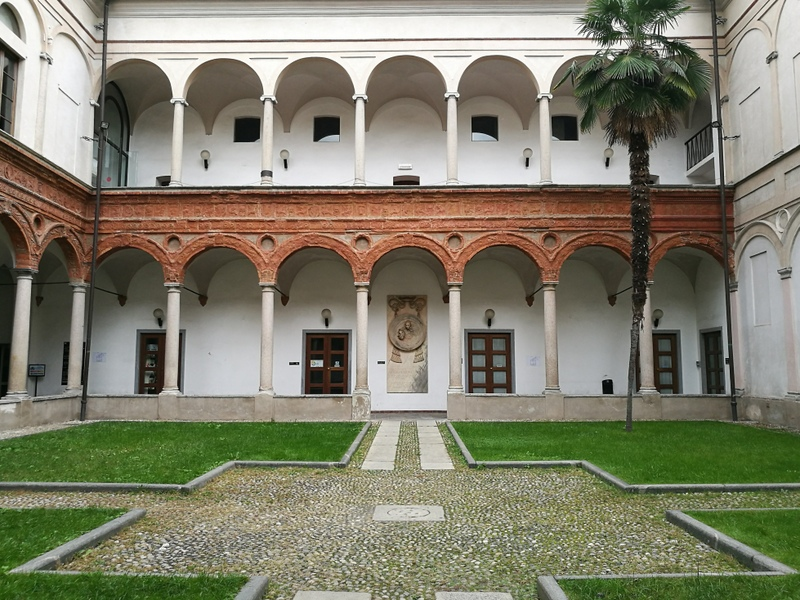 Cortile interno complesso chiesa Sant'Antonio Abate