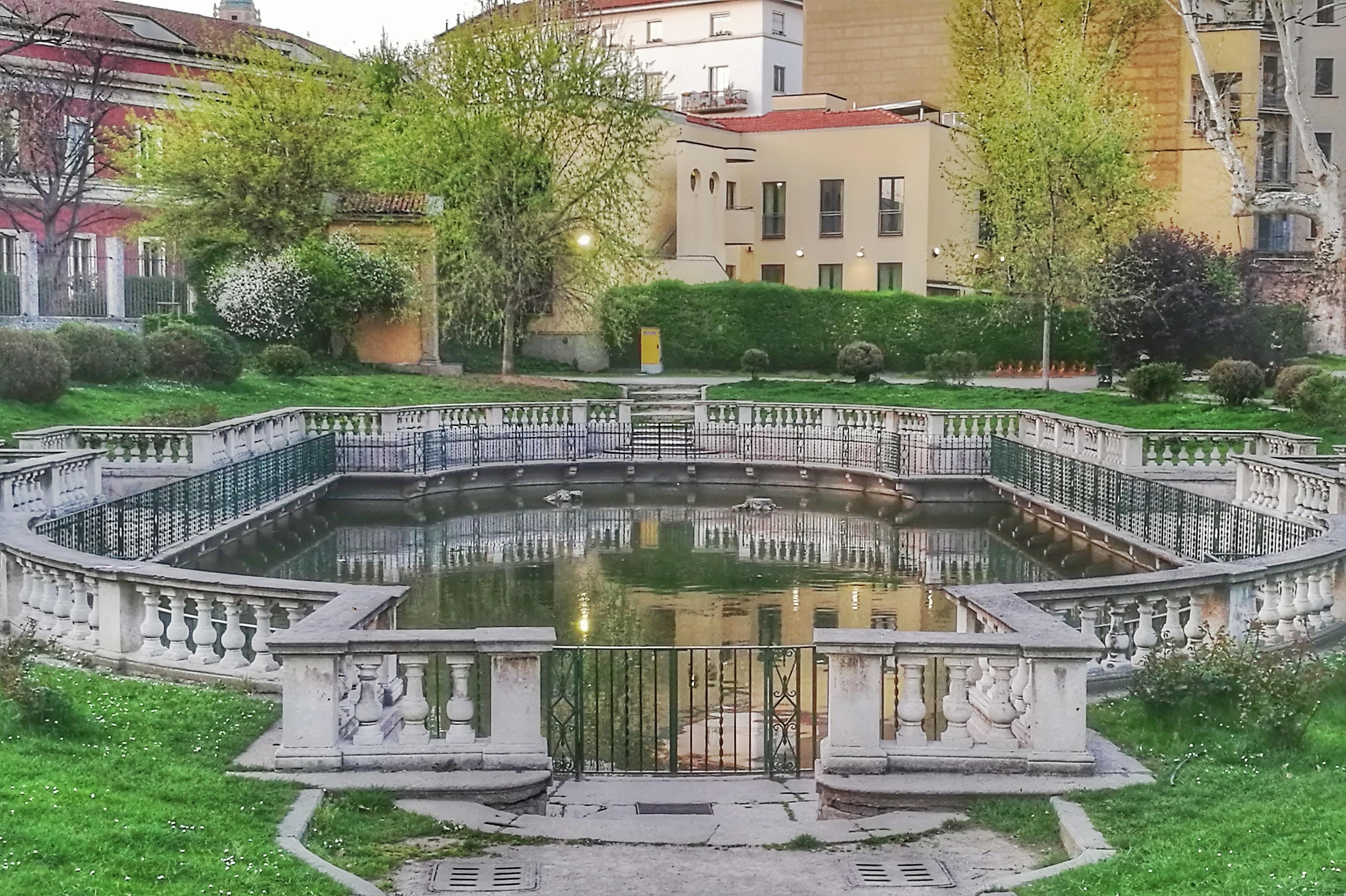 La vasca dei giardini della guastalla