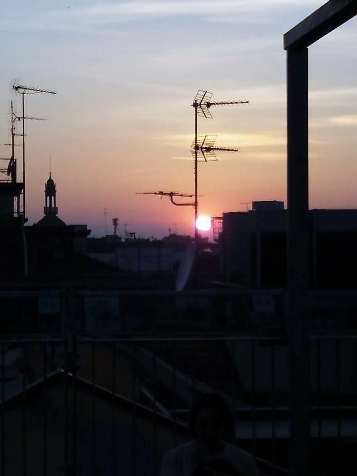 Spettacolo del tramonto dai tetti della Galleria