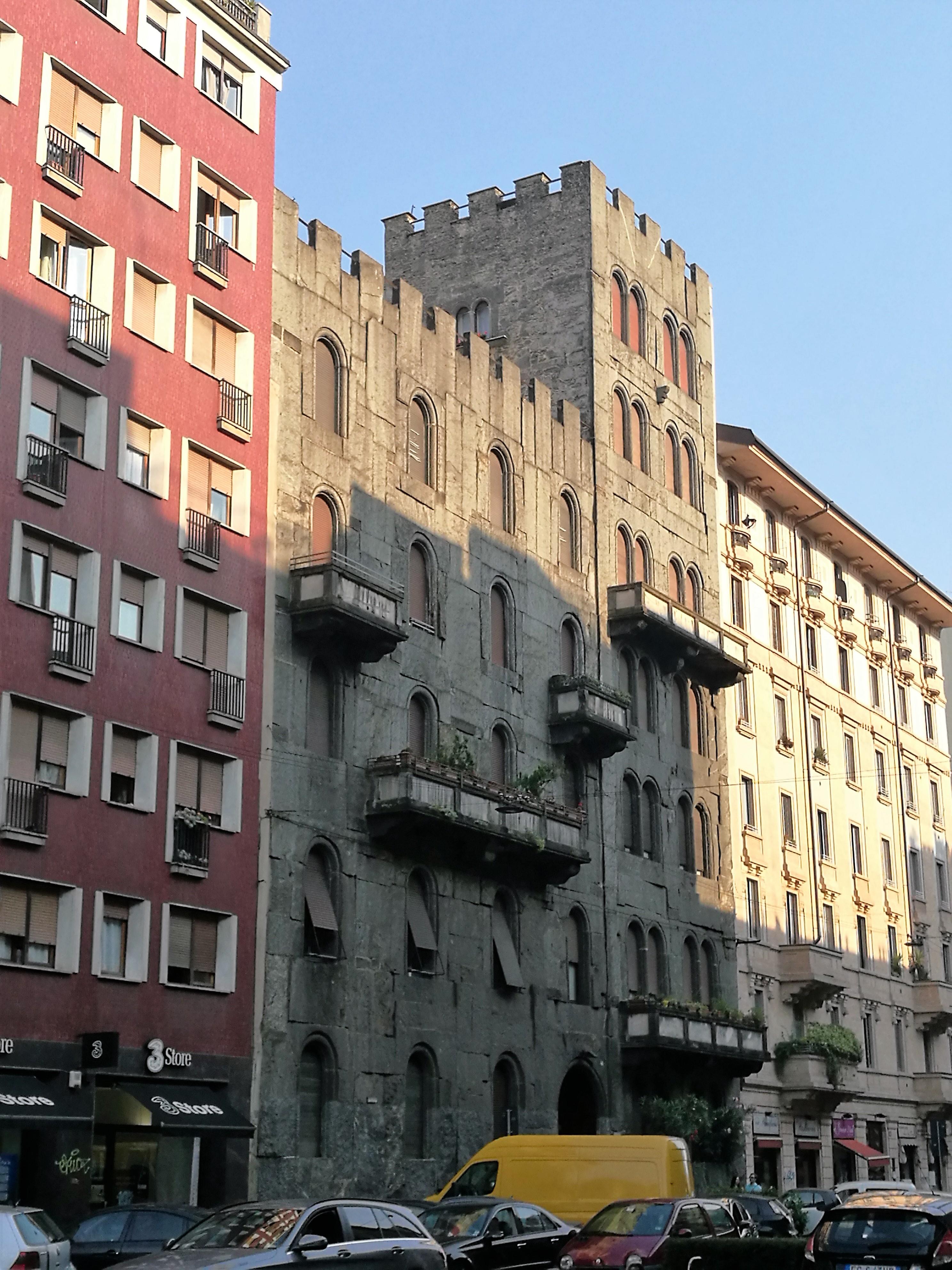Il Castello in viale Monza