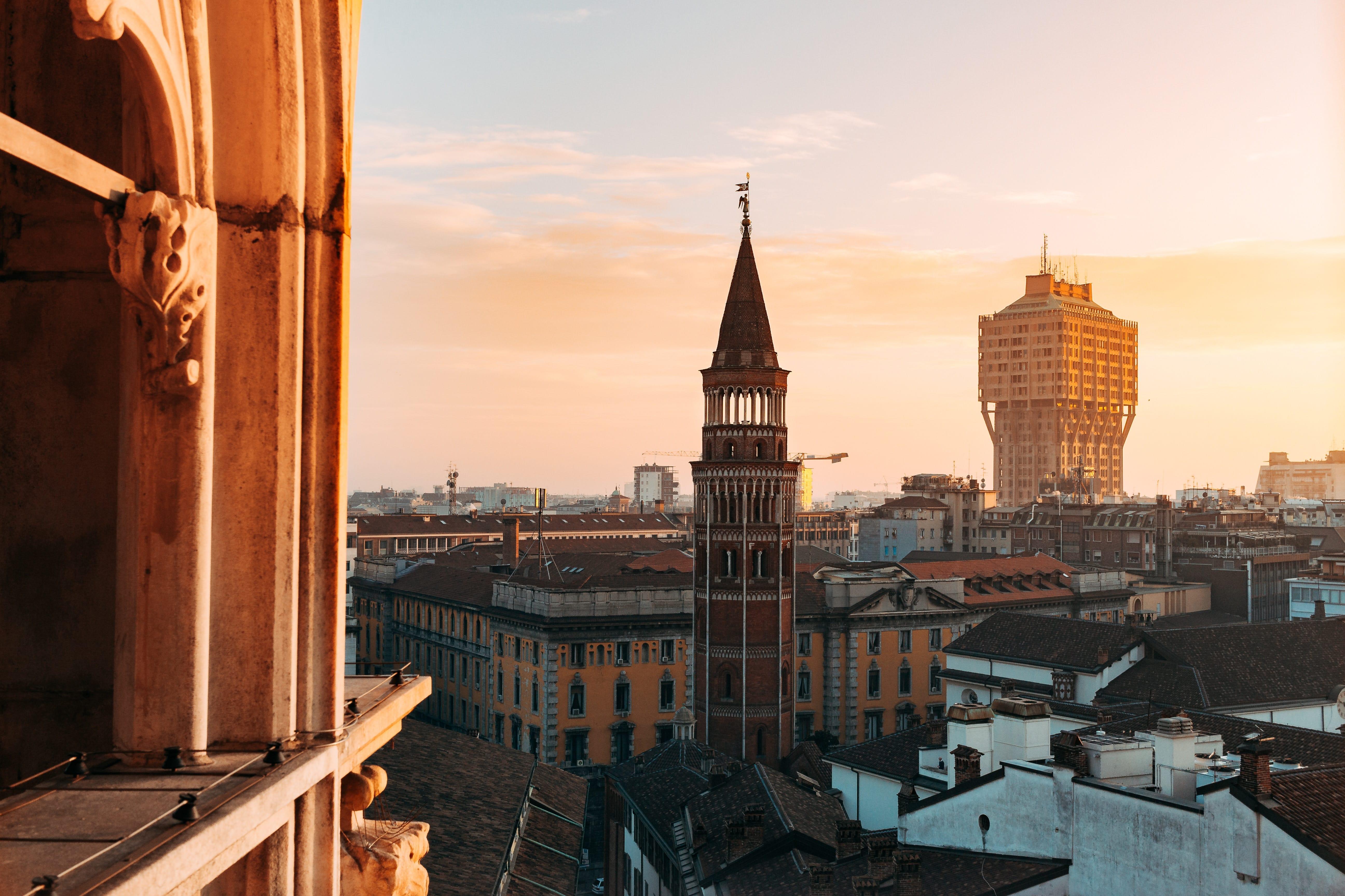 Torre Velasca vista dal Duomo