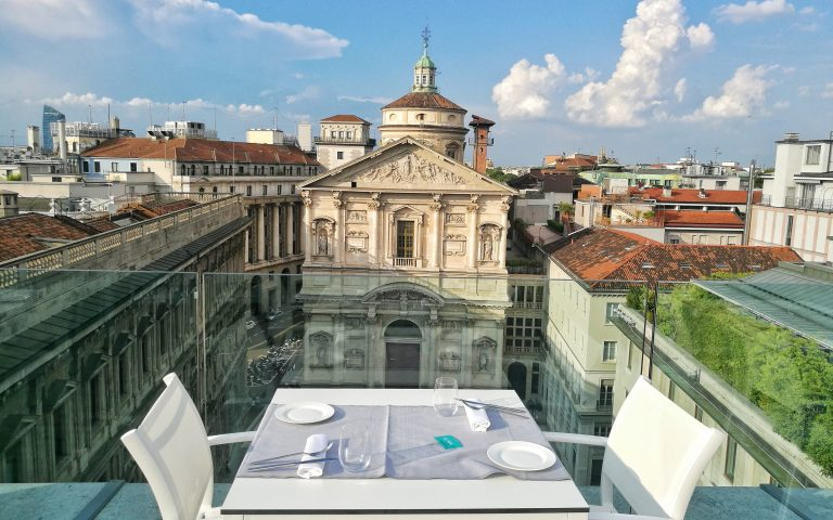 TASTE ON TOP: IL TEMPORARY ROOFTOP PIÙ TRENDY DI MILANO