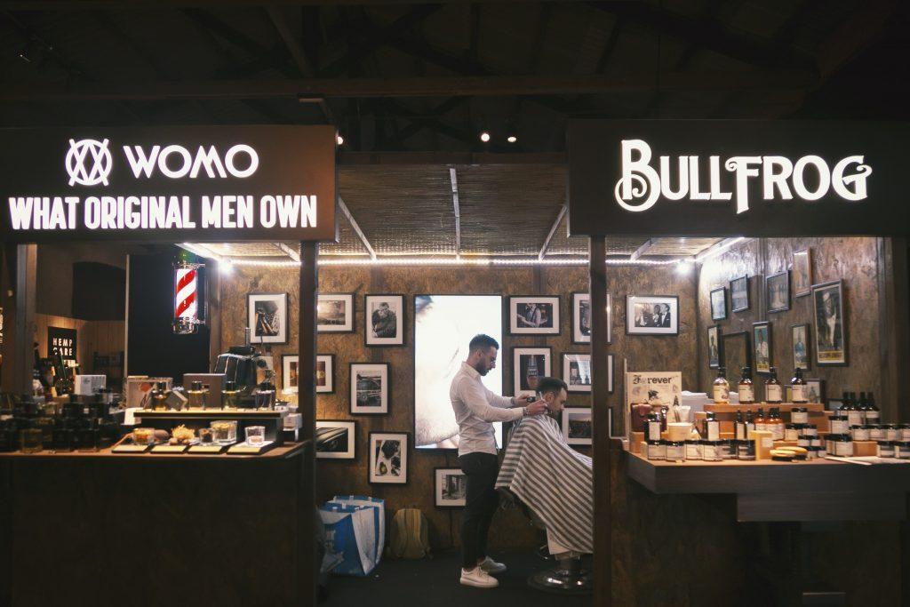 Bullfrog barber shop