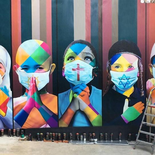 Kobra street art a tema coronavirus