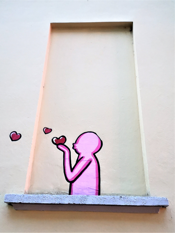 OMINI ROSA STREET ART