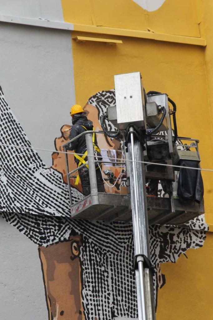 arte urbana fineko bank corso garibaldi